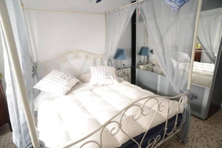Puteoli Rooms (camera King vista mare)