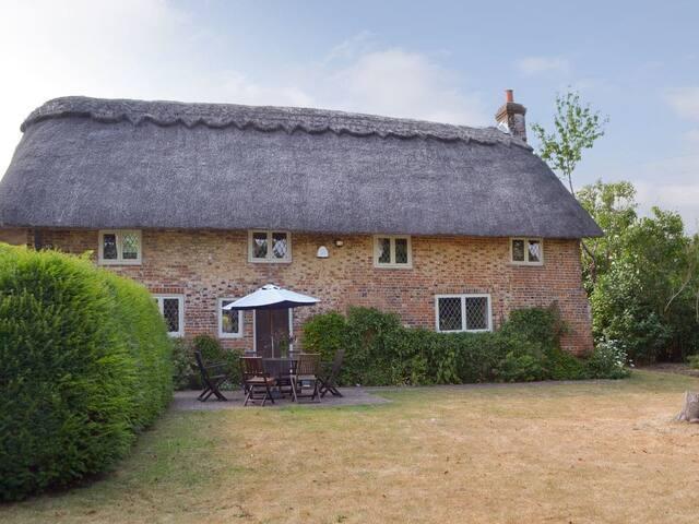Danny Cottage (UKC3566)