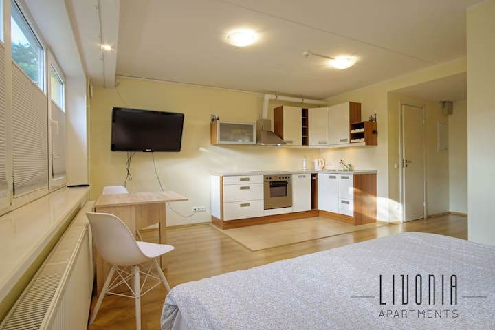 ★ Sõstra studio - cozy, fully equipped + parking ★