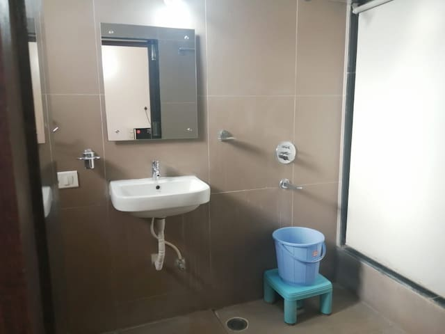 Homely Service apartment in Kondapur
