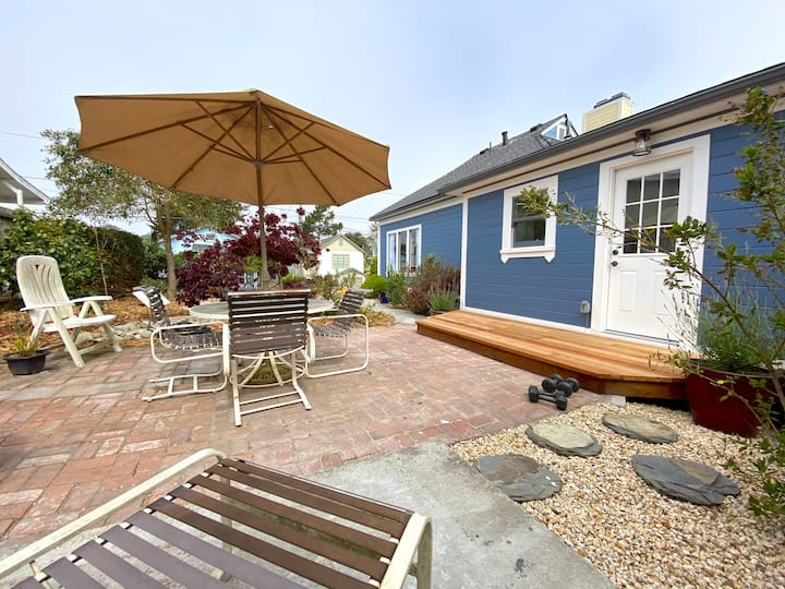 Restored Home In Downtown Pacific Grove|Furnished