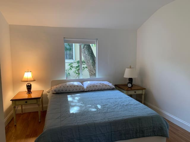 Room @ $45 in my Charming House by Wynwood  MIAMI