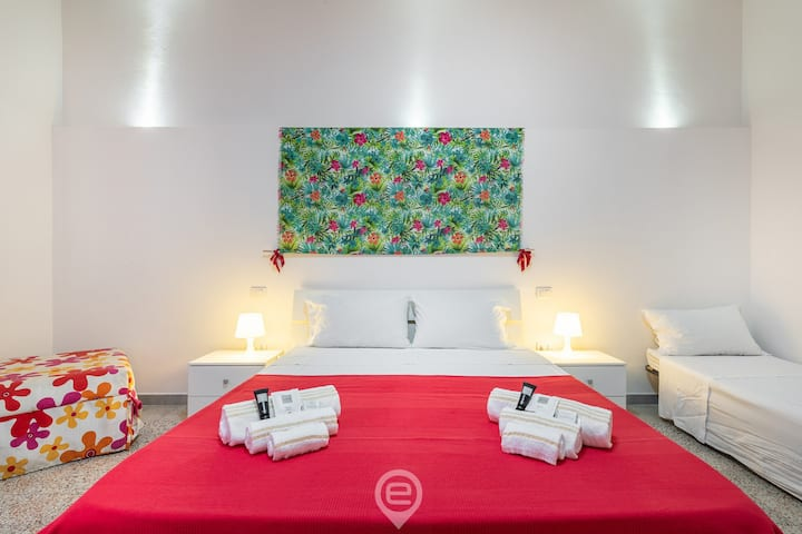 Red Room in San Benedetto