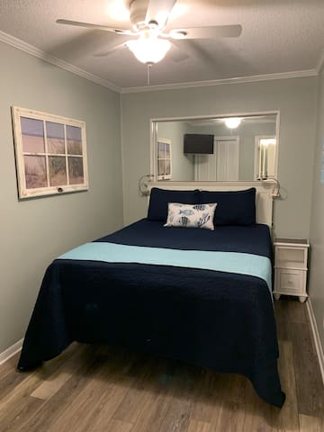 Queen bed with comfy pillow top... your going to enjoy this!