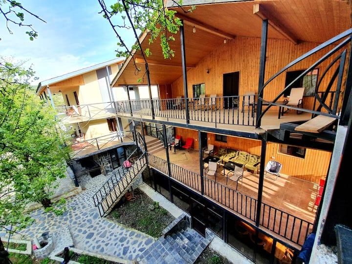 Nino Ratiani's Guesthouse