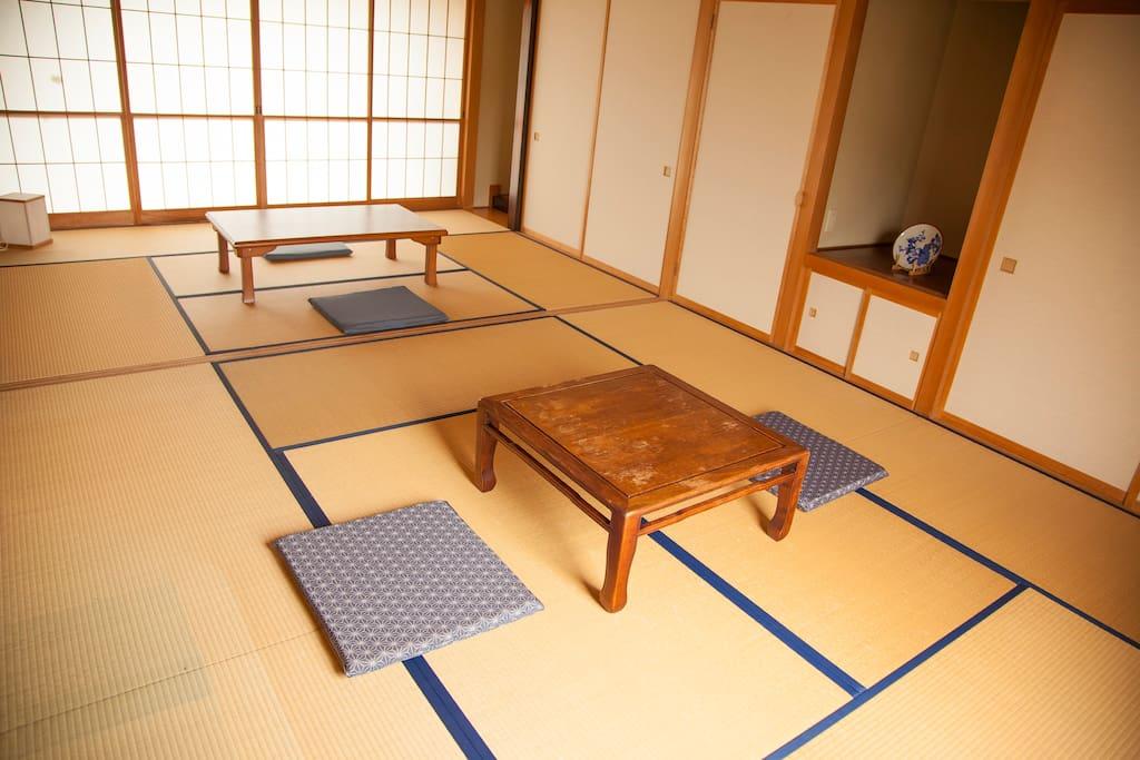 食事は和室で提供します。