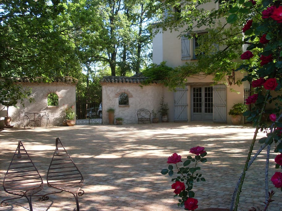 Maison de charme campagne proche lauzerte montcuq houses - Maison de campagne perche ...