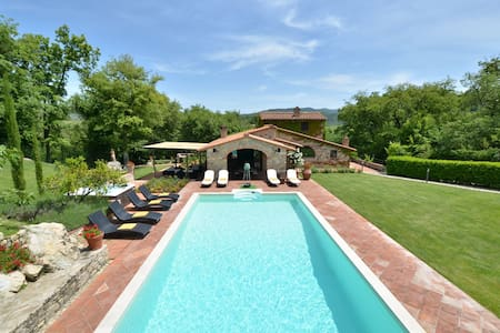Luxury home in the heart of chianti - Gaiole In Chianti - Villa