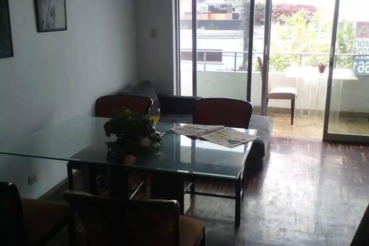 CUARTO PRIVADO CAMA MATRIMONIAL BAÑO COMPARTIDO - Miraflores - Apartment