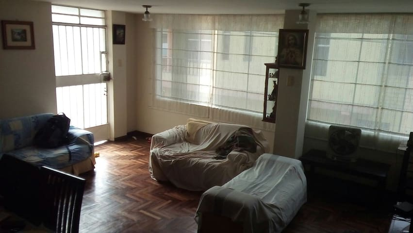 Room in a lovely home. - Lima/Lima/Comas - Rumah