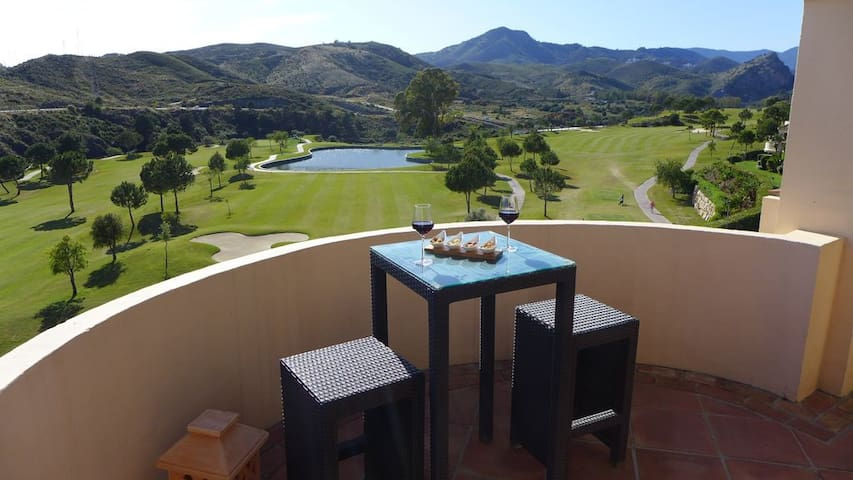 Luxury Holiday Apartment in Capanes del Golf