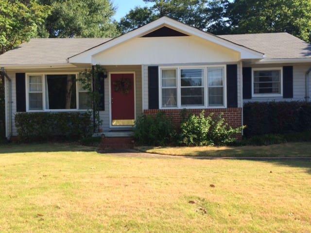 Auburn's Backyard - Opelika - House