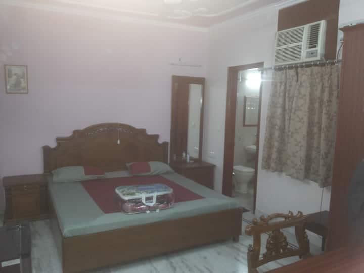 Rai Sahib Apartment Near Nehru Enclave Metro Kalka