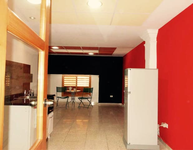 Renovated apartment in Old Havana, CUBA - Monroe - Daire