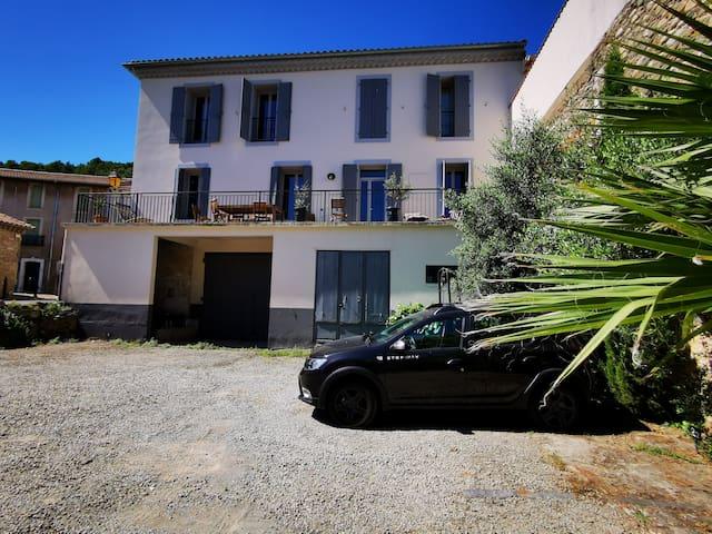 Maison vigneronne T4 avec parking