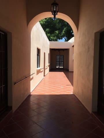Casa Antigua Remodelada excelente en Pueblo mágico