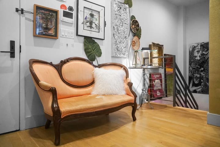 Living Art Gallery Room in New Bushwick Building