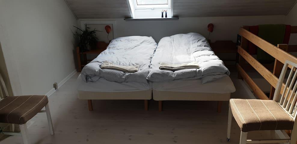 Sleepingroom 1. floor with 2 Dux beds