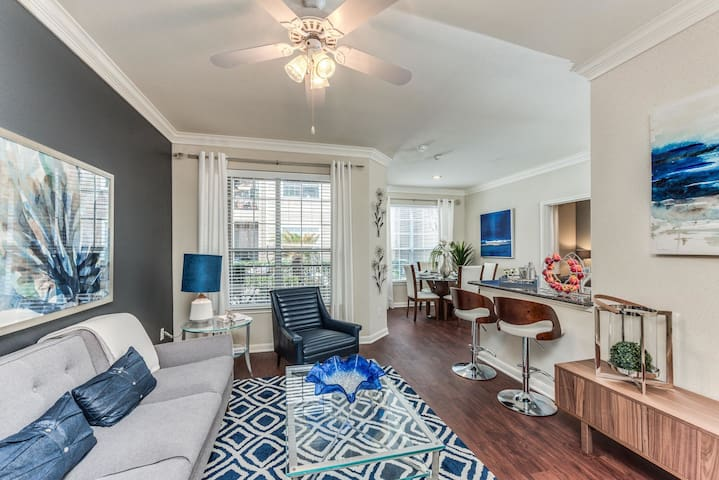 Apartment living at its finest | 1BR in Houston