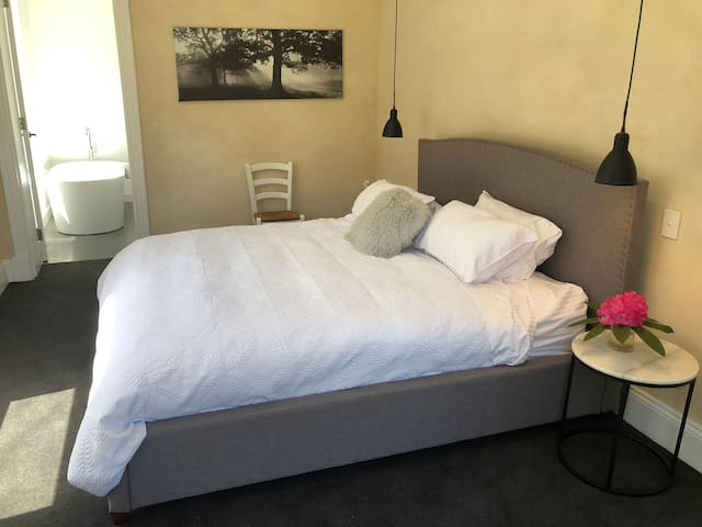 Master Bedroom. King Bed with quality linen