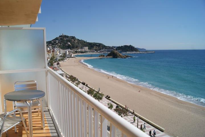 El Sorrall 4. 1 bedroom apartment. Sea views