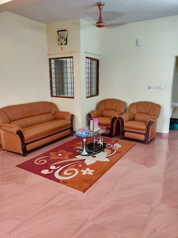 Calm apartment at South Panampily Nagar