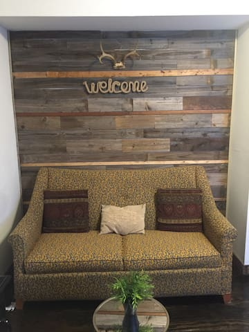 Rustic Guest House - Dallas - Guesthouse