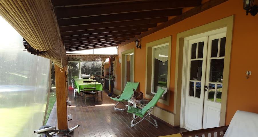 Casa con pileta BARRIO PRIVADO ACACIAS BLANCAS