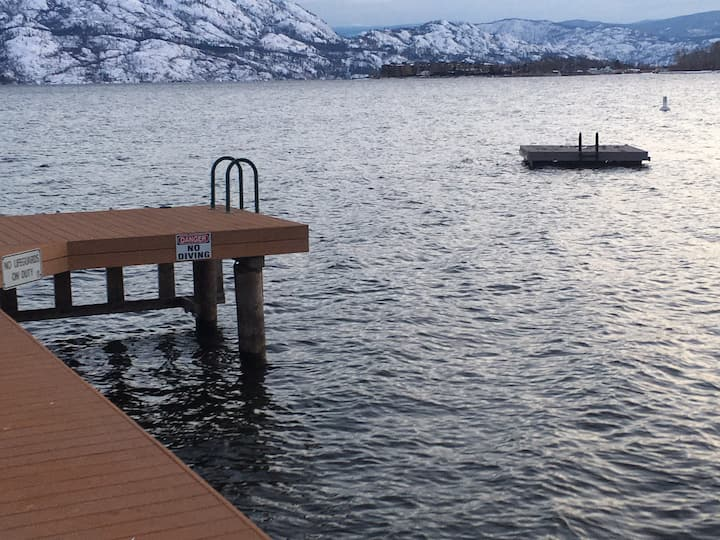 Lakeside Villa in front of West Kelowna Beaches