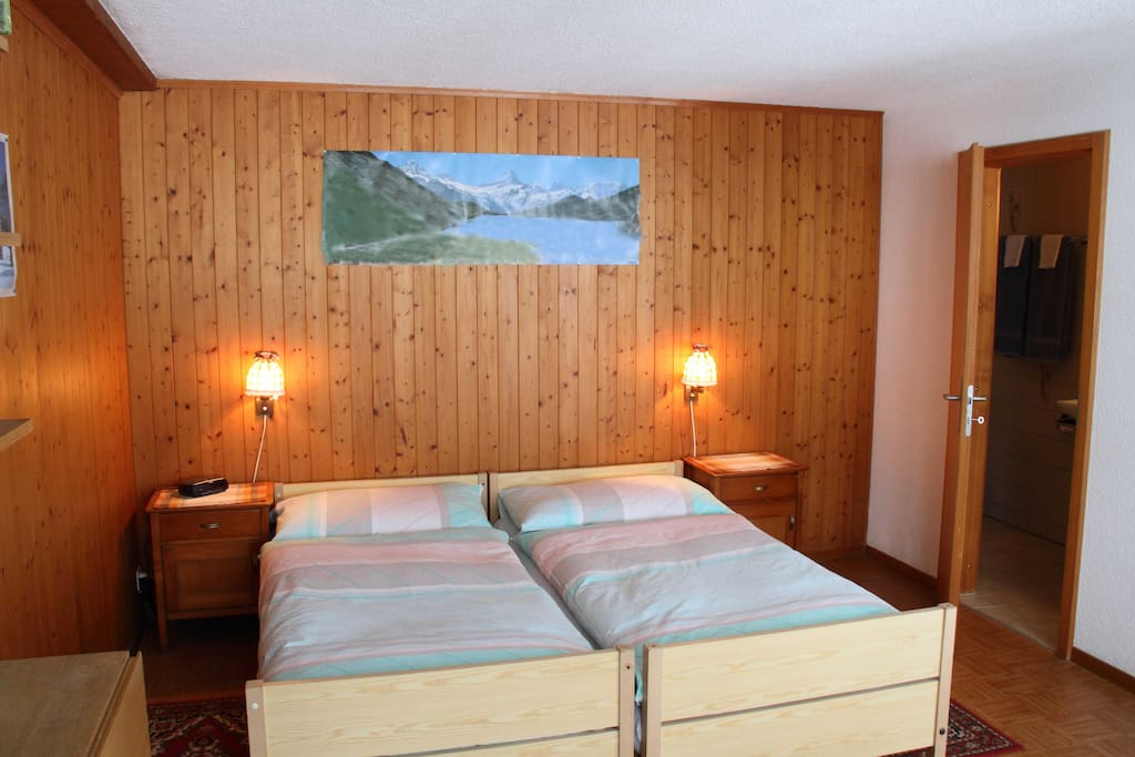 studio im chalet beim see g nstig und gut bern. Black Bedroom Furniture Sets. Home Design Ideas