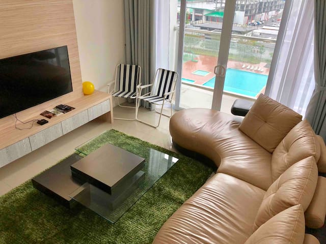 Stella Apartment R with Pool+City View