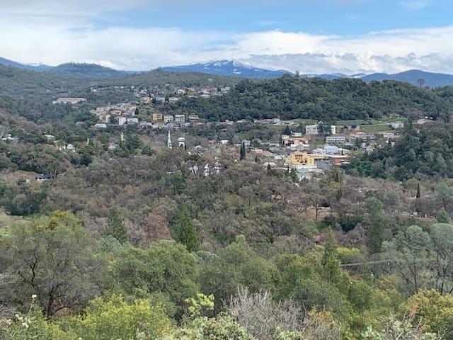 Located in beautiful Sierra Nevada Foothills!