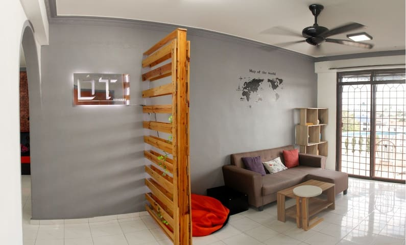 DT Home Stay