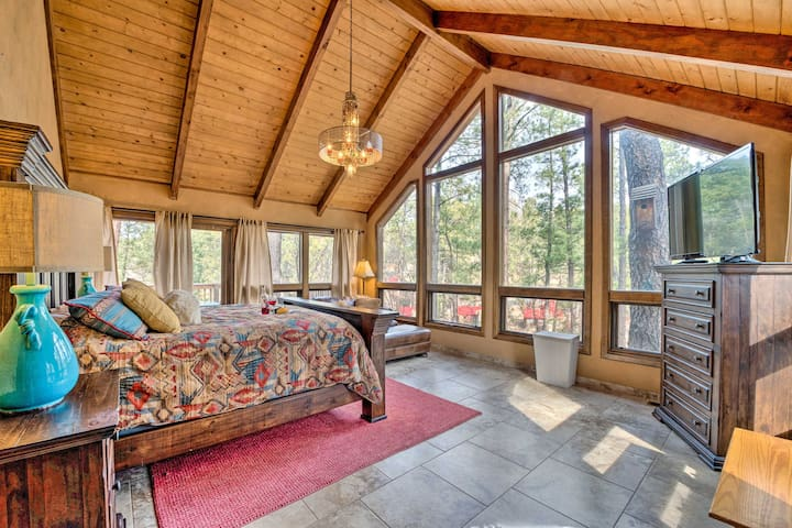 NEW! Ruidoso Mountain Home w/ Step-Free Access!