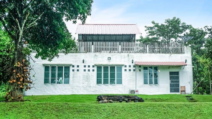 บ้านบุรี วังน้ำเขียว (บ้านพักบนเขา)