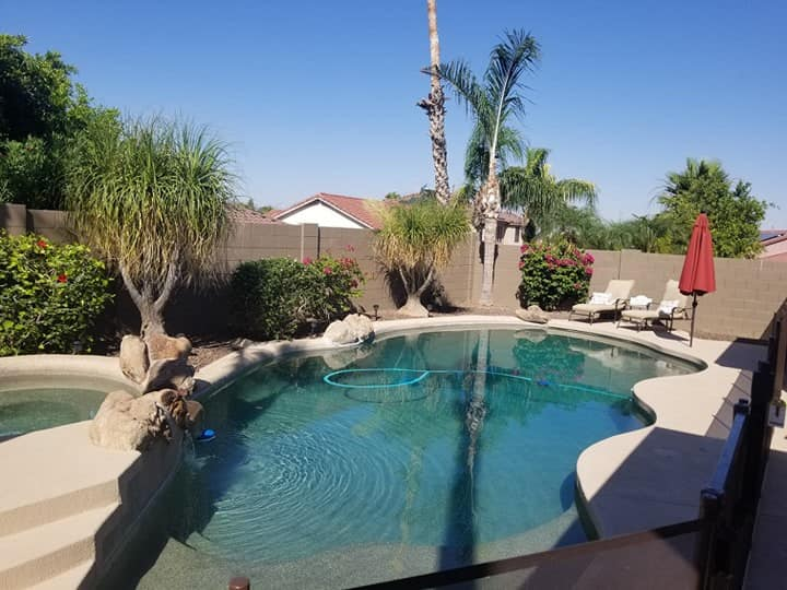 Palm Tree Paradise with PRIVATE Pool and Hot Tub