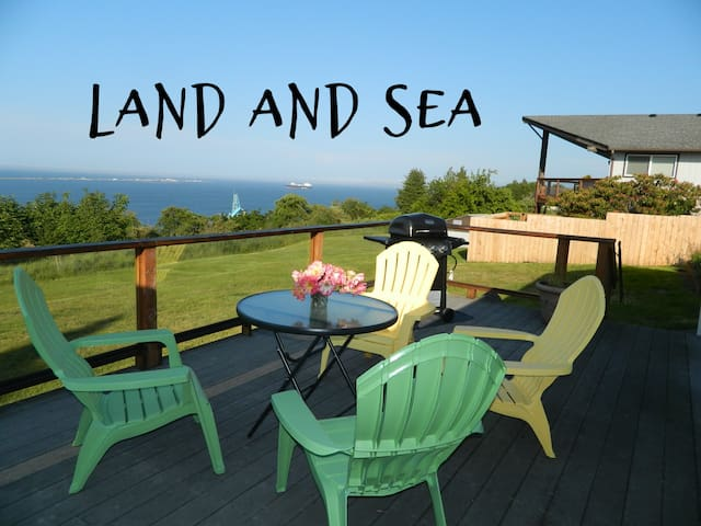 Land and Sea View Cottage, Beautiful Water Views