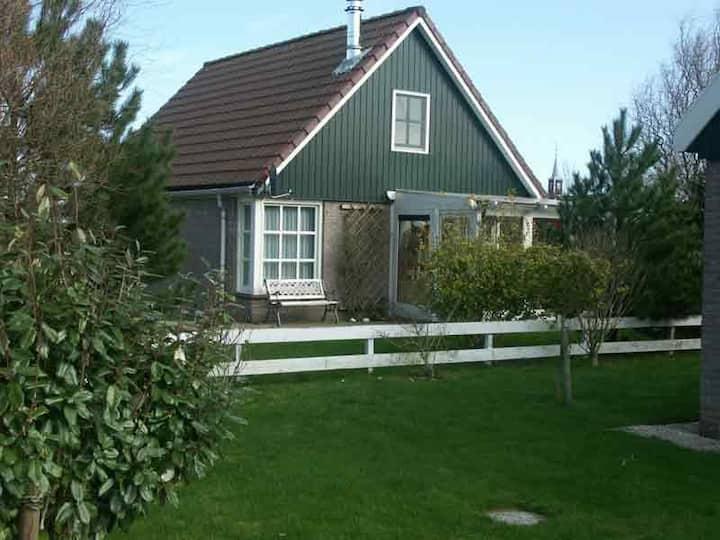 Helles FH mit Wintergarten, Terrasse, Garten, Wlan