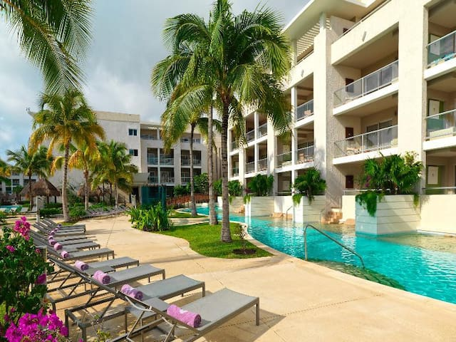 Fashioned Suite One Bedroom At Playa Del Carmen