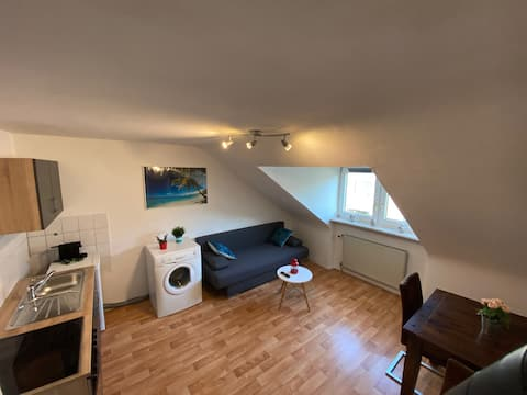 Beautiful 2-room Apartment, fully furnished