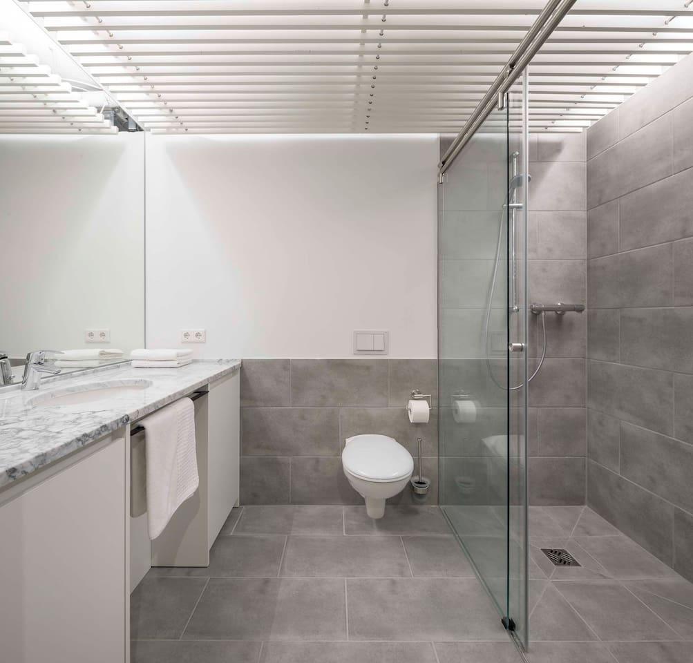 Beste Interieur Design Mrqt Boutique Dekowand Holzstabchen Rok Ideen ...