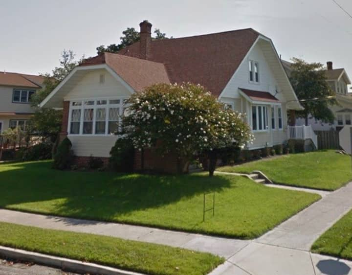 Spacious Single Family Home in North Wildwood - 4BR/2BA