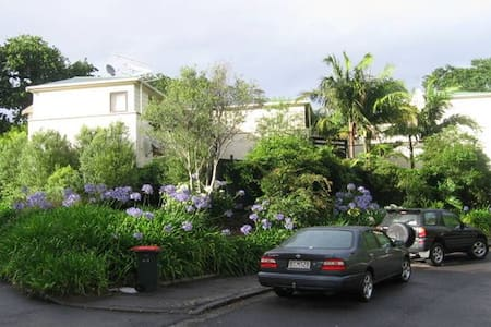 Cosy flat near Ponsonby - Auckland - Appartement