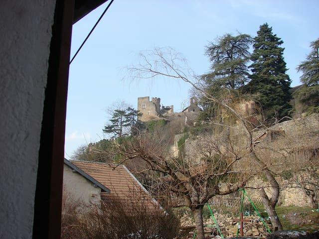 La Frandinette, centre cité médiévale de Crémieu