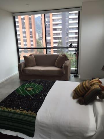 APARTAMENTO EN ENVIGADO - Envigado - Wohnung