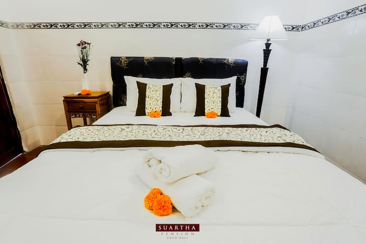 Suartha Pension 4-Room with A/C at Ubud Center
