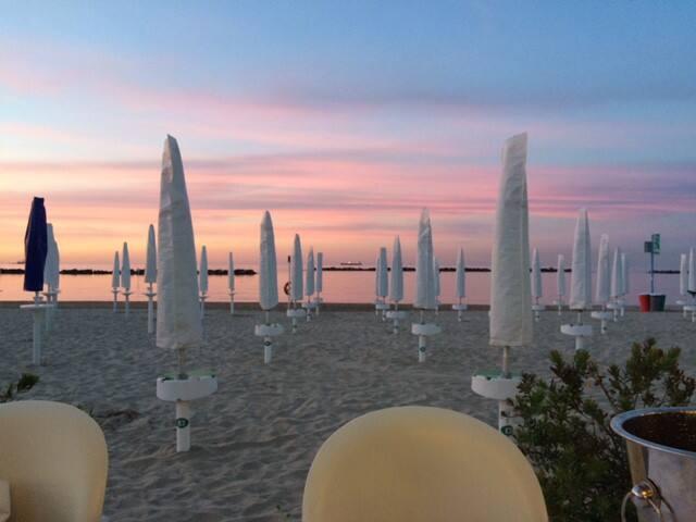 Stanza privata in appartamento vista mare - Falconara Marittima - Bed & Breakfast