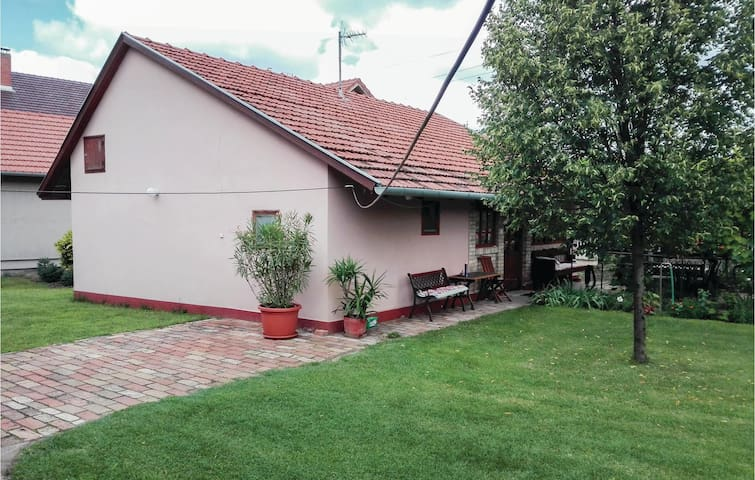Holiday cottage with 2 bedrooms on 51m² in Mórahalom