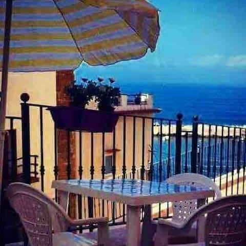 Seaside Guest Suite