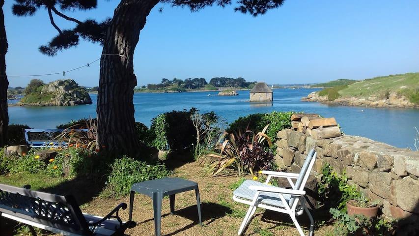 Maisonnette écologique, Le Birlot, Bréhat